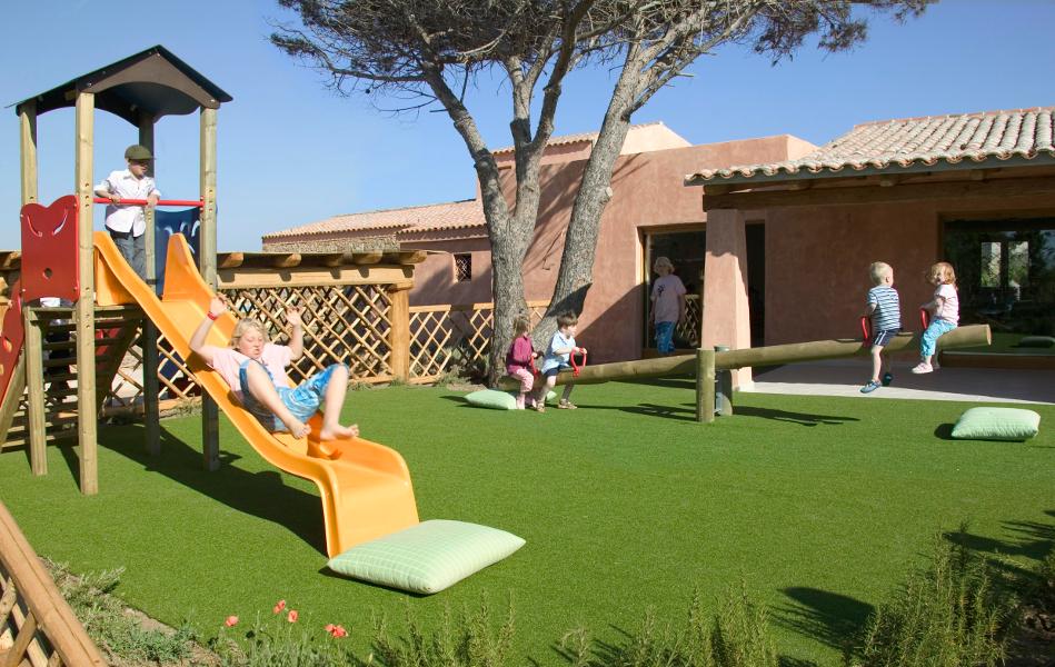 resort-valle-dell-erica-gallery-servizi-intrattenimento-bambini-santa-teresa-gallura