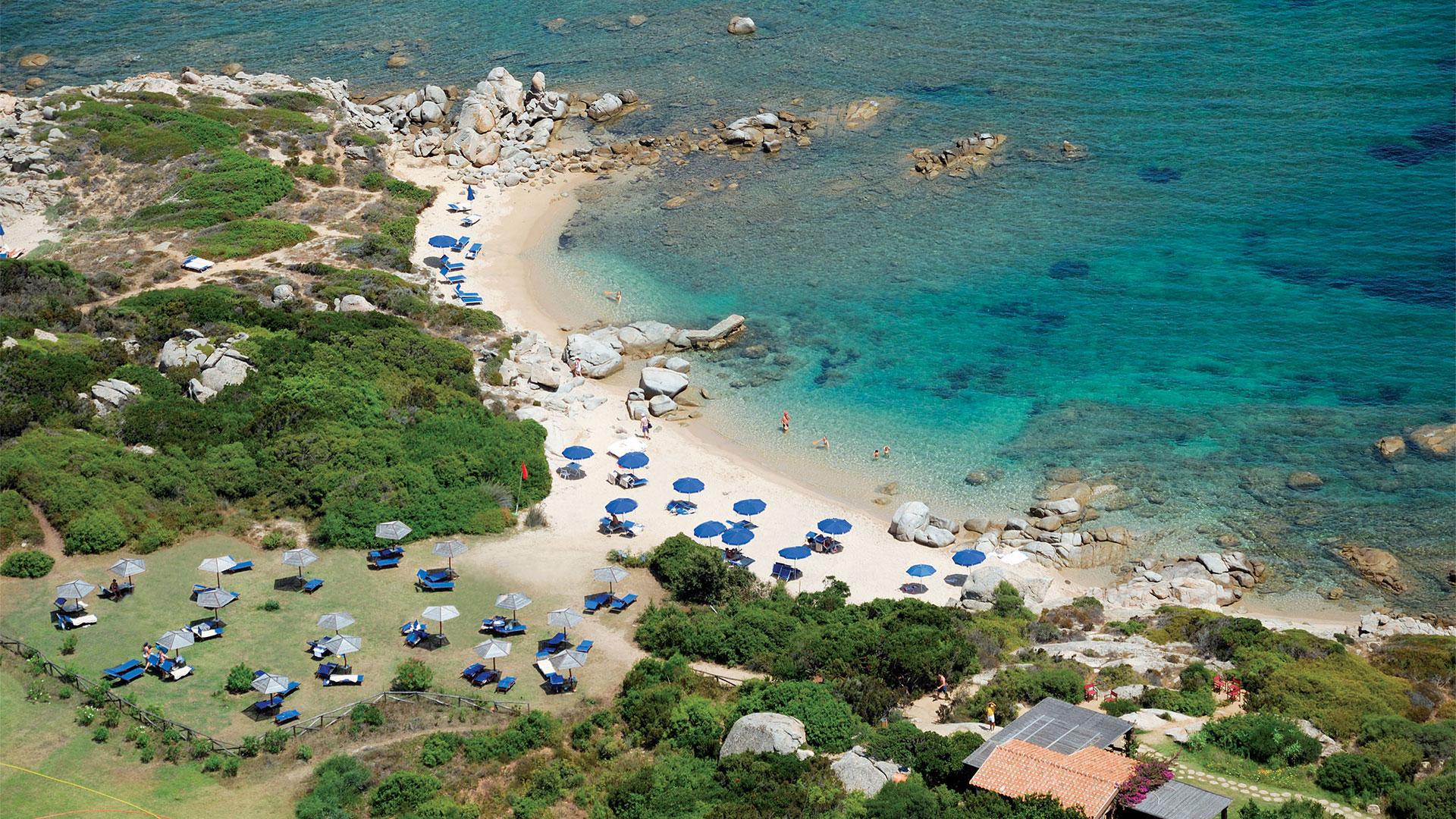 resort-valle-erica-slider-servizi-spiaggia-sardegna-1