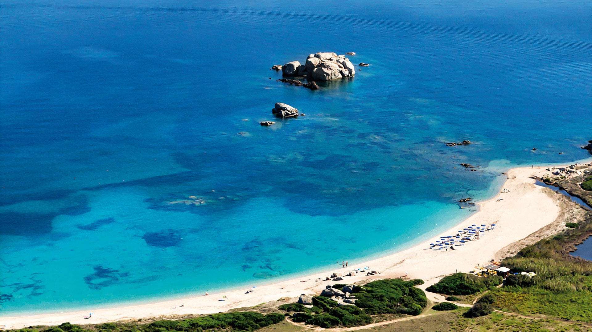resort-valle-erica-slider-servizi-spiaggia-sardegna-mare-2