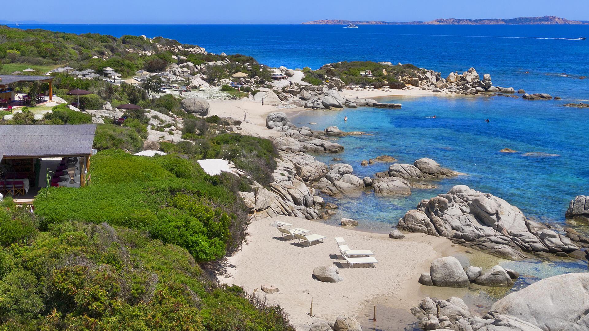resort-valle-erica-spiaggia-licciola-santa-teresa-gallura-sardegna