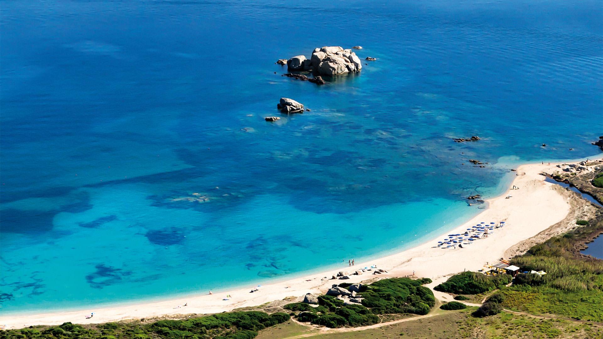 resort-valle-erica-slider-spiaggia-hotel-licciola-santa-teresa-gallura-sardegna-mini