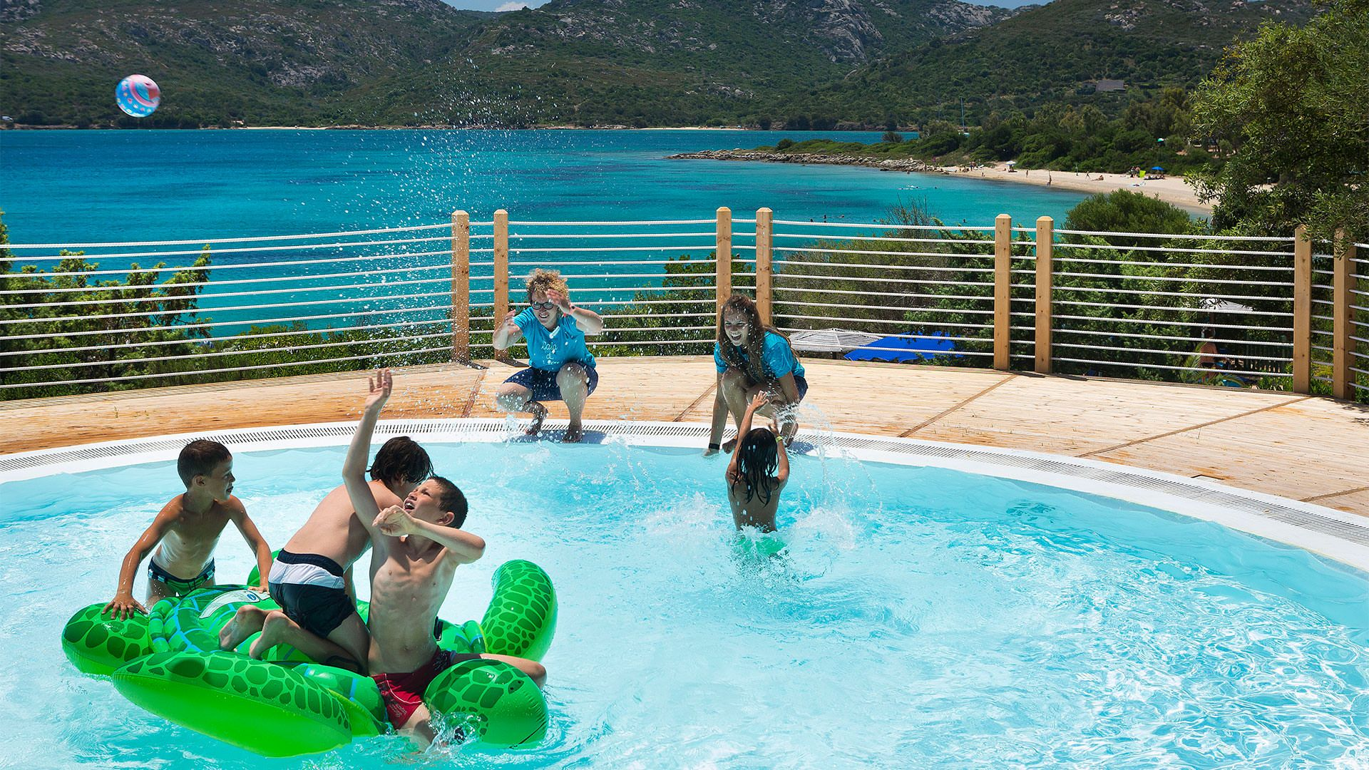 Delphina Настоящий семейный отель на берегах Сардинии Palau, Costa Smeralda Сардиния - Италия