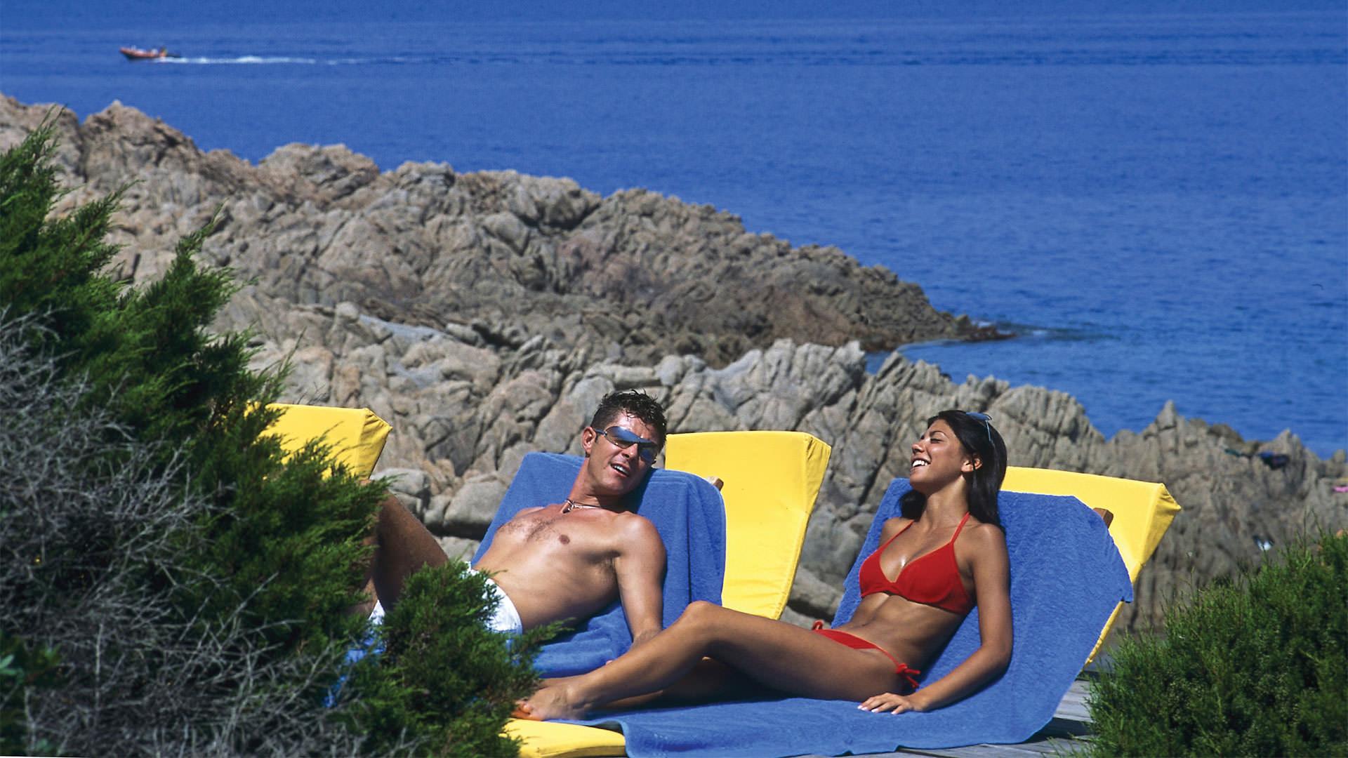 hotel-torreruja-isola-rossa-slide-solarium-mare-mini