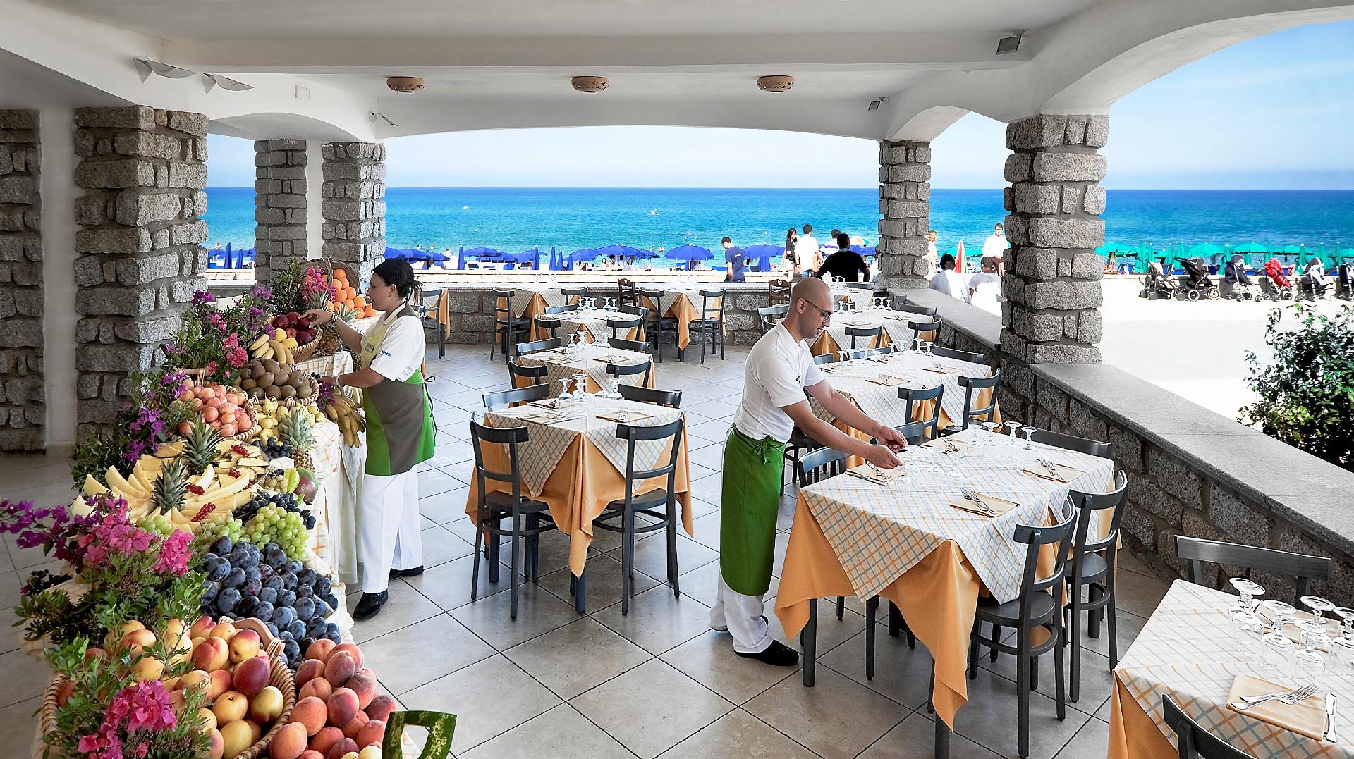 resort-le-dune-slider-ristorante-alla-spiaggia-badesi