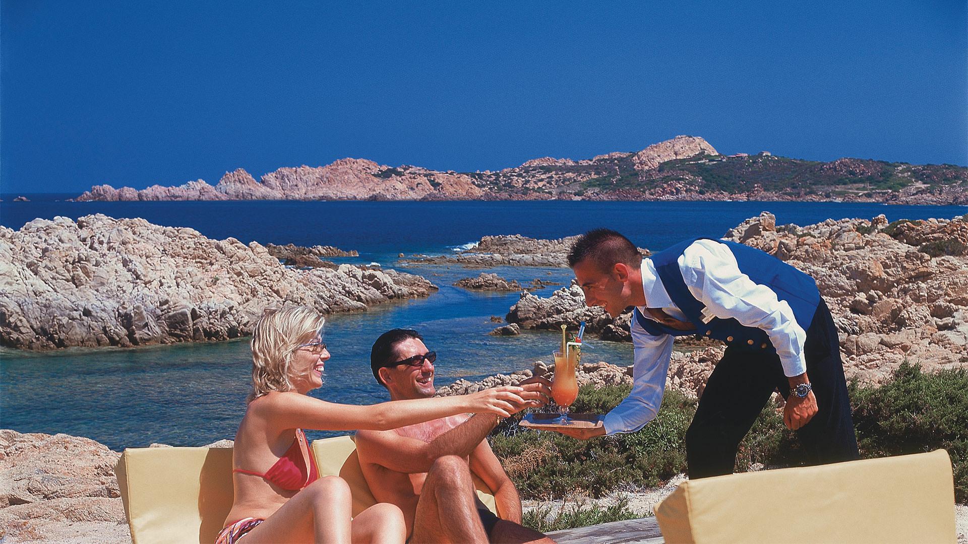 hotel-torreruja-isola-rossa-slide-servizi-mare-mini