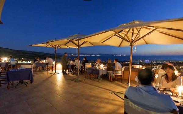 hotel-torreruja-gallery-ristoranti-sotto-le-stelle-2