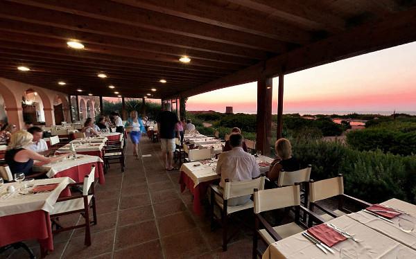 hotel-torreruja-gallery-ristoranti-tramonto-rosso-2