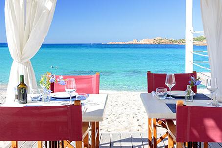 Snack bar sulla spiaggia, Hotel Marinedda, Isola Rossa
