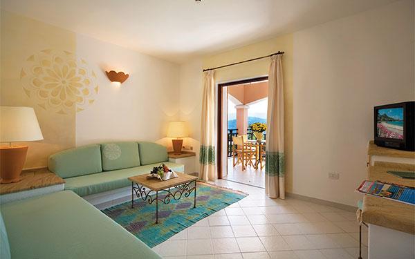 Camera Senior Suite Vista Mare  - Resort Cala di Falco - Cannigione