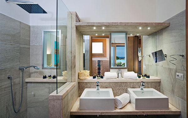 Camere del resort valle dell erica a s teresa gallura sardegna - Camere da bagno ...
