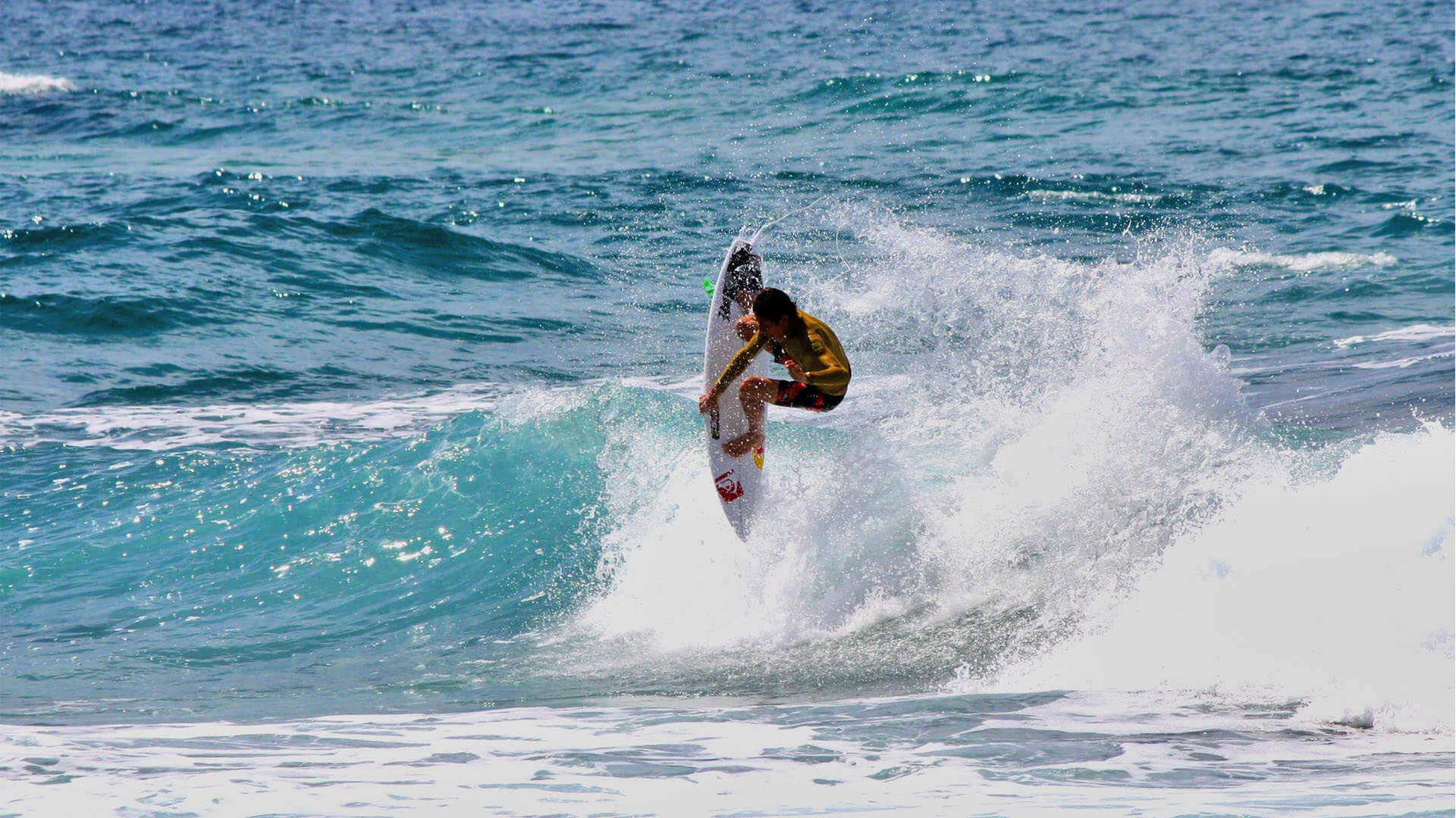 surf-sardegna-marinedda-bay