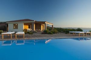 Villa Canneddi del Torreruja a Isola Rossa - Nord Sardegna