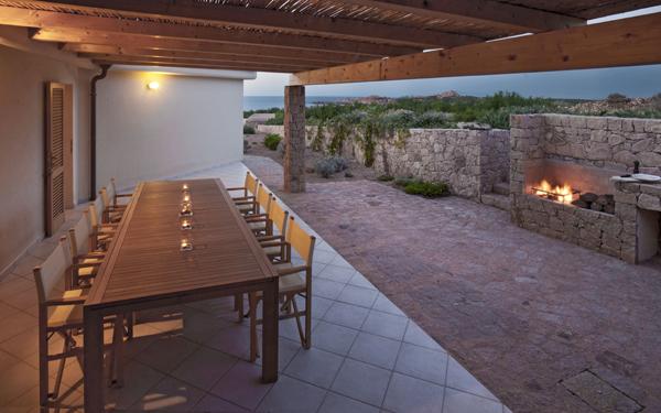 Villa Canneddi - Hotel Torreruja - Isola Rossa - Sardegna