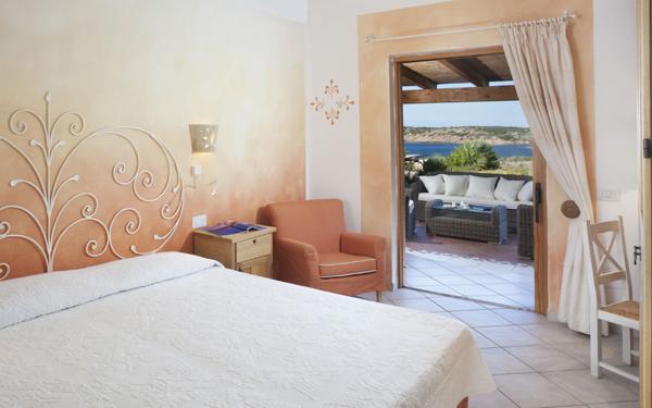Villa Gli Olivastri - Hotel Torreruja - Isola Rossa - Sardegna